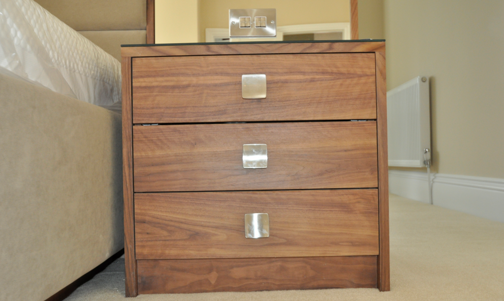 bedside cabinet in veneered walnut