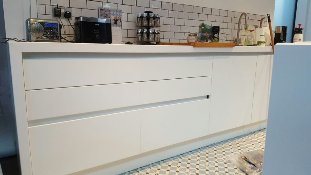 quartz worktop bespoke kitchen
