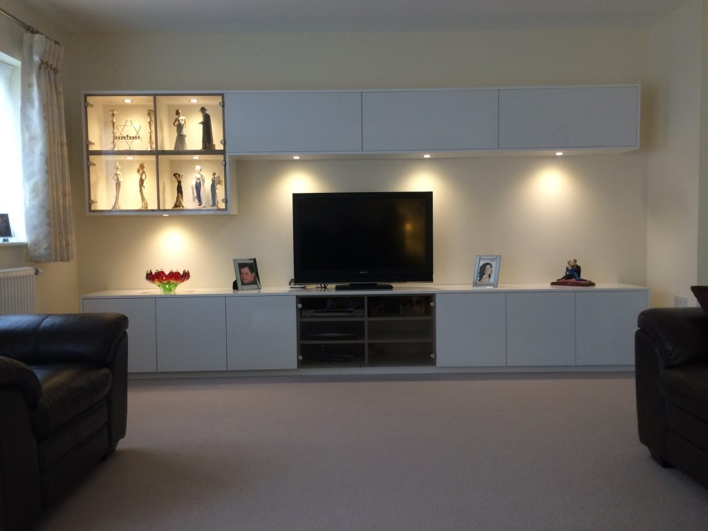 white gloss home cinema