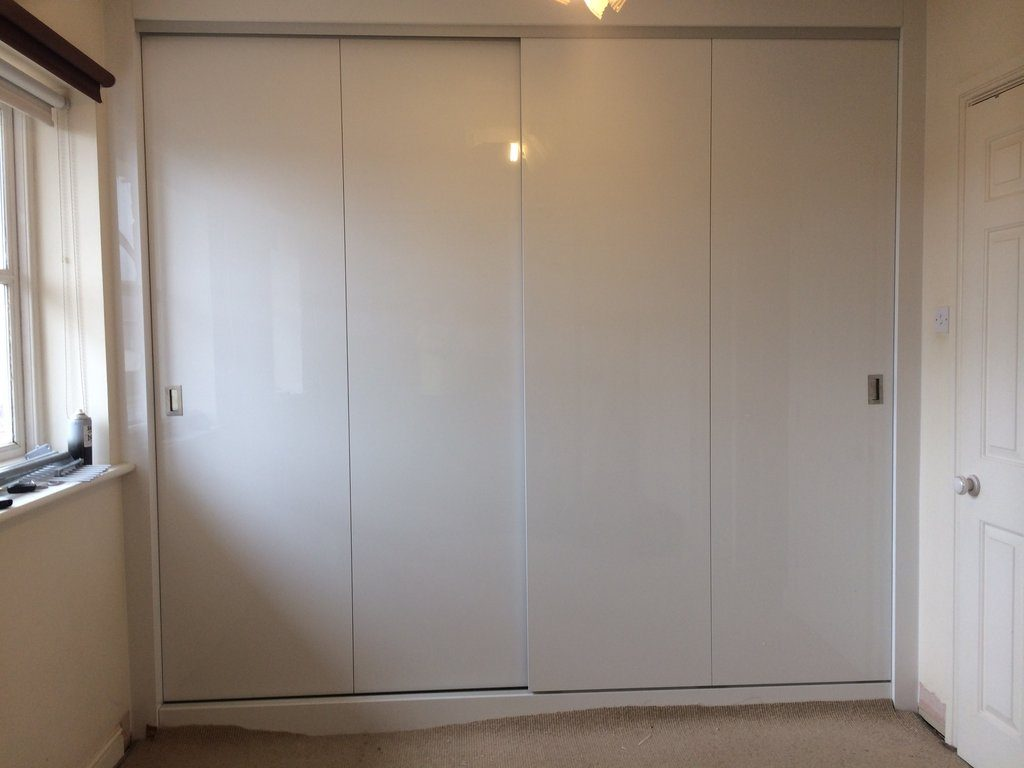Acrylic white sliding doors