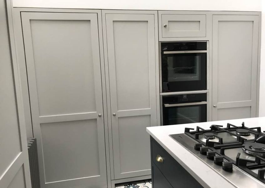shaker doors kitchen grey