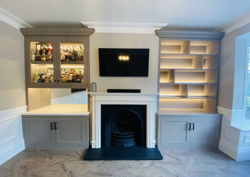 Alcove display cabinets